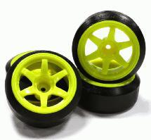 Street Jam Yellow Spoke +10 Offset Wheel (4) Hard 45 Degree Drift Tire Set